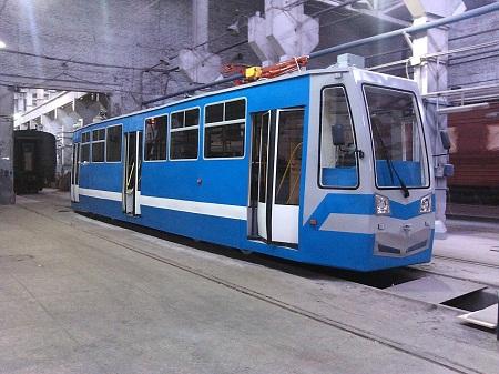 Новый трамвай КрЭВРЗ встал на правительственные рельсы