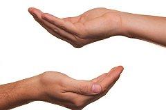 (Лже)беженцы с протянутой рукой