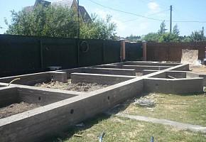Выполняем бетонные работы. Фундамент.