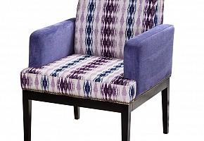 Стулья, кресла и столы для баров и кафе