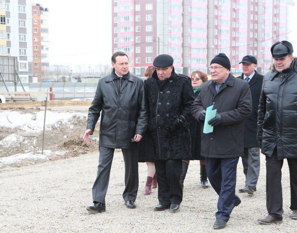 Строительство школы в Иннокентьевском завершится в декабре