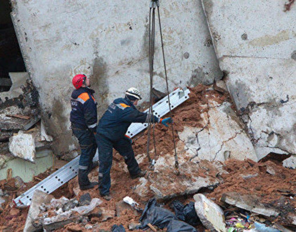 В Красноярском крае крыша гаража насмерть придавила мужчину