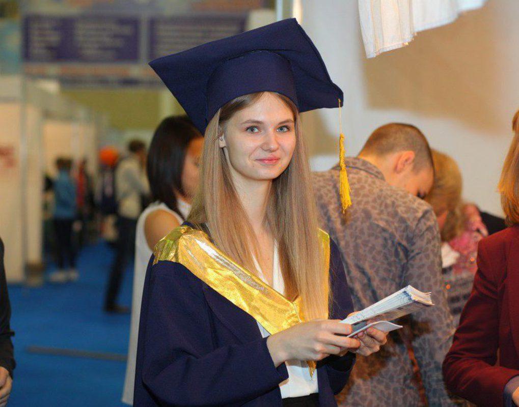 В Красноярском крае существенно подорожала учеба в вузах
