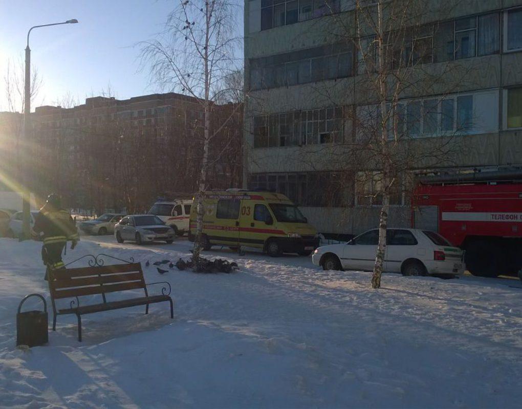 В Сосновоборске жильцов дома эвакуировали из-за муляжа бомбы