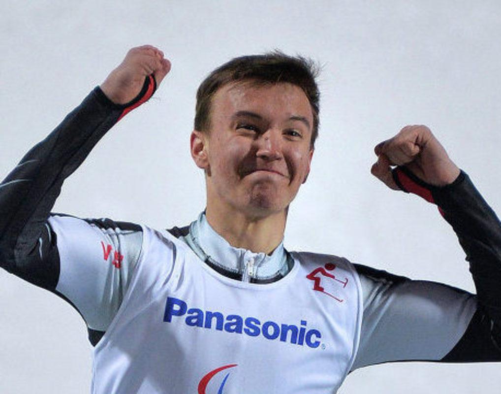 Красноярский паралимпиец Алексей Бугаев выиграл золото в суперкомбинации в Южной Корее