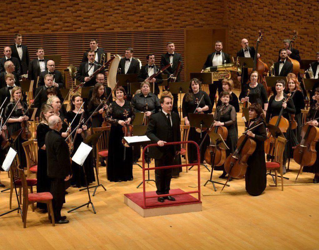 Красноярский симфонический оркестр сорвал овации в Мариинском театре