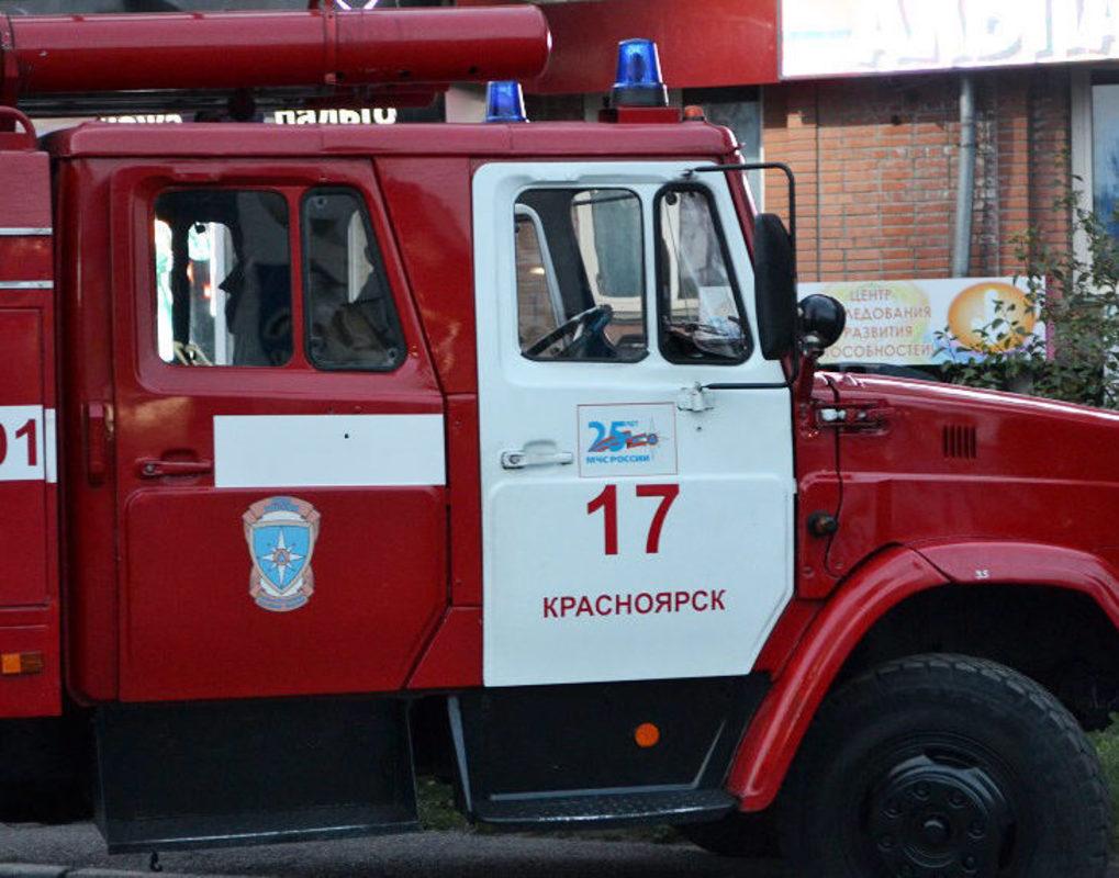 В Дзержинском районе пожар уничтожил 500 тонн зерна