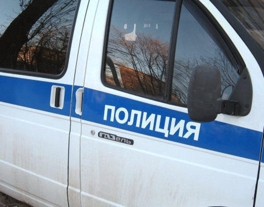 В Шарыпово налетчики в противогазах ограбили супермаркет на 900 тысяч рублей