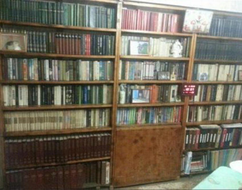 Красноярец распродает частную библиотеку почти за миллион рублей
