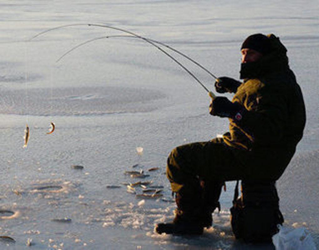На зимнюю Универсиаду в Красноярске запретили приходить с рыболовными удочками