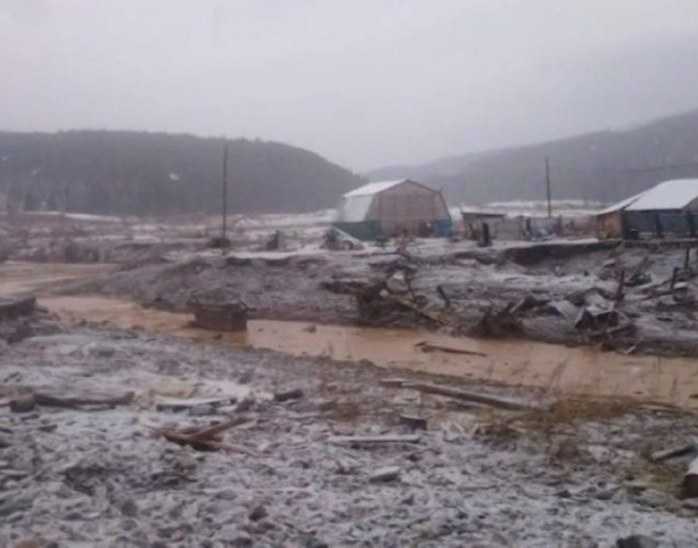 Прорыв дамбы в Курагинском районе края: главное