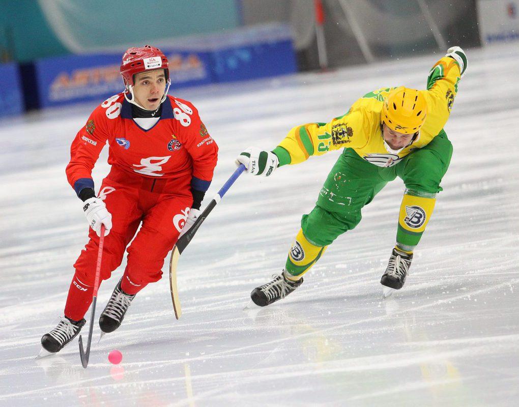 Хоккейный «Енисей» вырвал победу у «Водника»