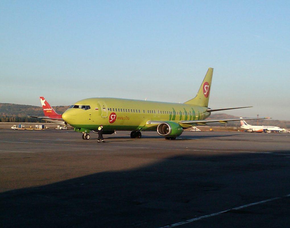 Летевший из Красноярска самолет экстренно приземлился в Перми