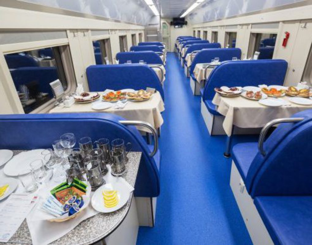 Пассажир поезда «Москва-Абакан» украл деньги у проводников для покупки алкоголя в вагоне-ресторане