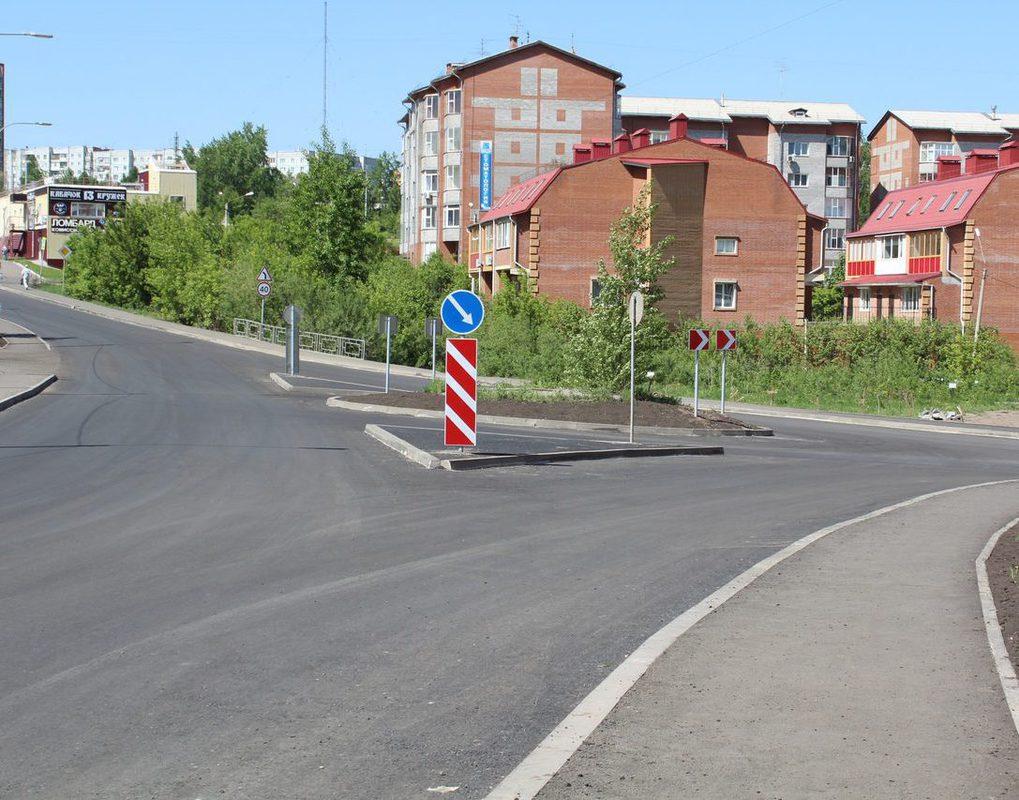 В Красноярске устраняют «конфликтные точки» на дорогах
