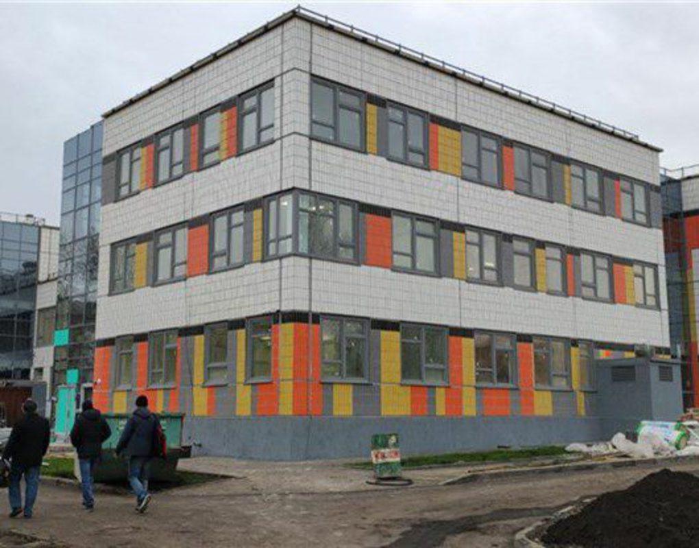 В Ленинском районе завершается строительство детского сада