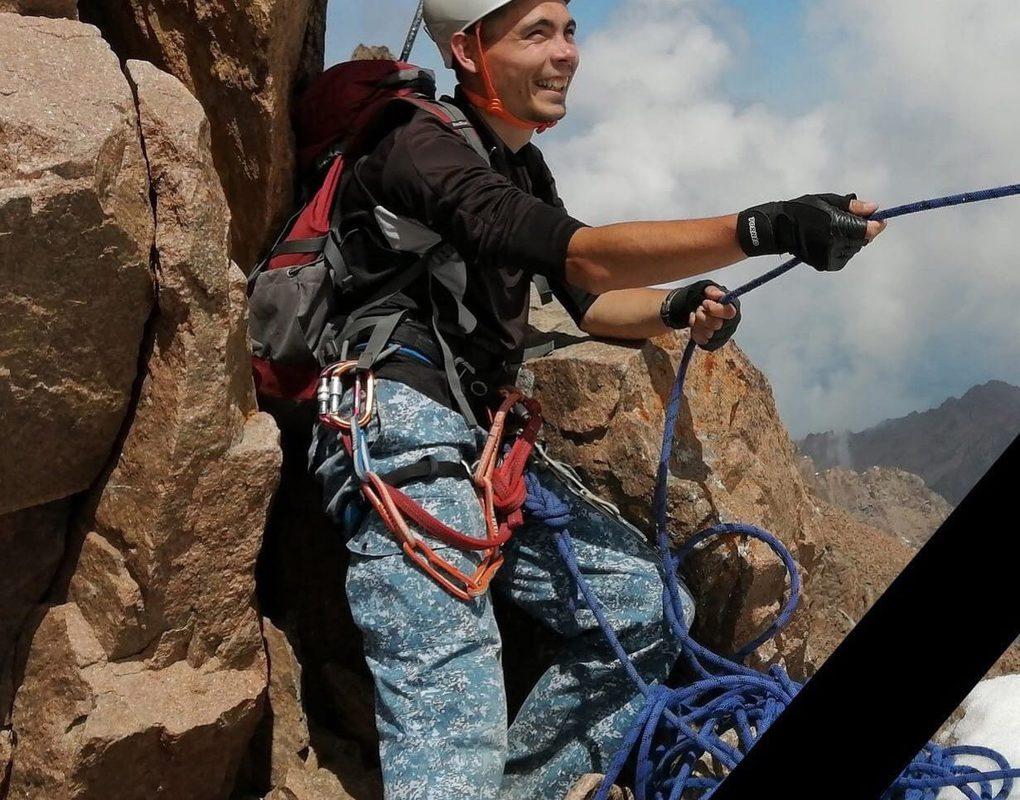 Опытный альпинист из Красноярска утонул в Ергаках