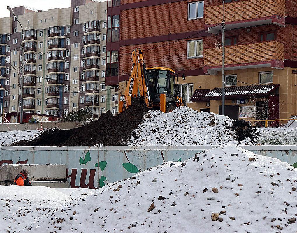 Ремонт подпорной стены в Центральном районе закончат в ноябре