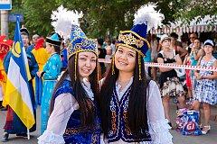 Праздничный карнавал в День города