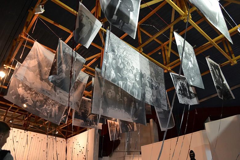На красноярской биеннале показали «Практики соприкасания» фото 6