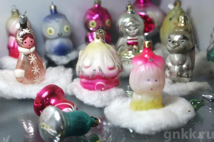 Подготовка к Новому году на красноярской фабрике игрушек «Бирюсинка» фото 56
