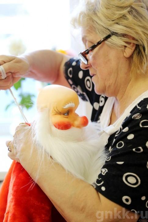 Подготовка к Новому году на красноярской фабрике игрушек «Бирюсинка» фото 54