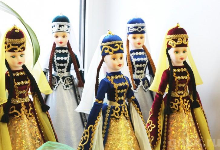 Подготовка к Новому году на красноярской фабрике игрушек «Бирюсинка» фото 26