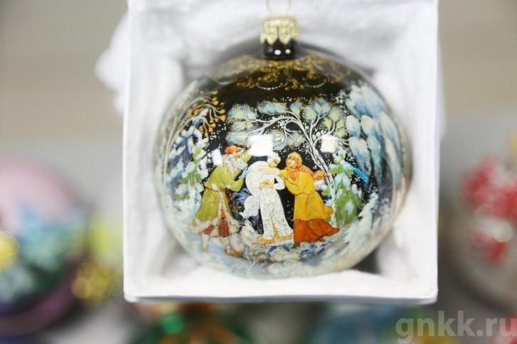 Подготовка к Новому году на красноярской фабрике игрушек «Бирюсинка» фото 43