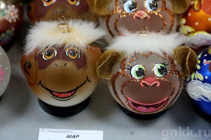 Подготовка к Новому году на красноярской фабрике игрушек «Бирюсинка» фото 34