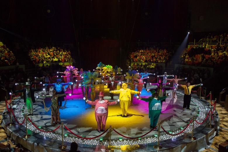"""""""Шоу Воды, Огня и Света!"""" в цирке с 19 декабря фото 3"""