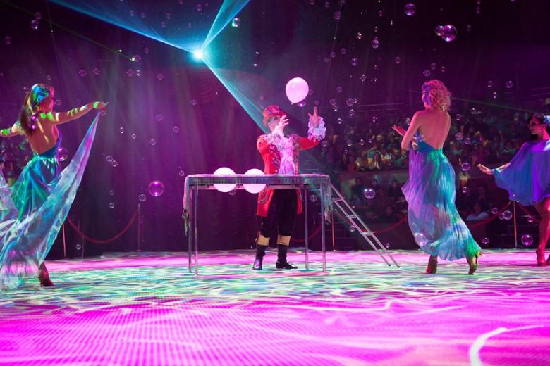 """""""Шоу Воды, Огня и Света!"""" в цирке с 19 декабря фото 8"""